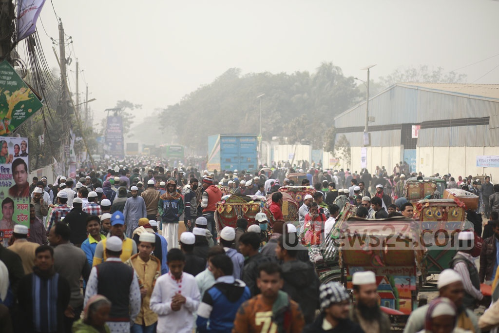 The first phase of Biswa Ijtema began on the bank of the Turag river in Tongi on Friday.