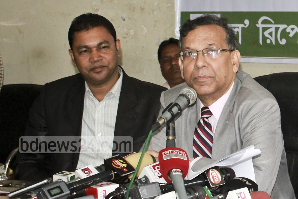 Law Minister Anisul Huq speaking at an event organised by the Law Reporters' Forum on Tuesday at the Dhaka Reporters' Unity Auditorium.. Photo: Abdullah Al Momin