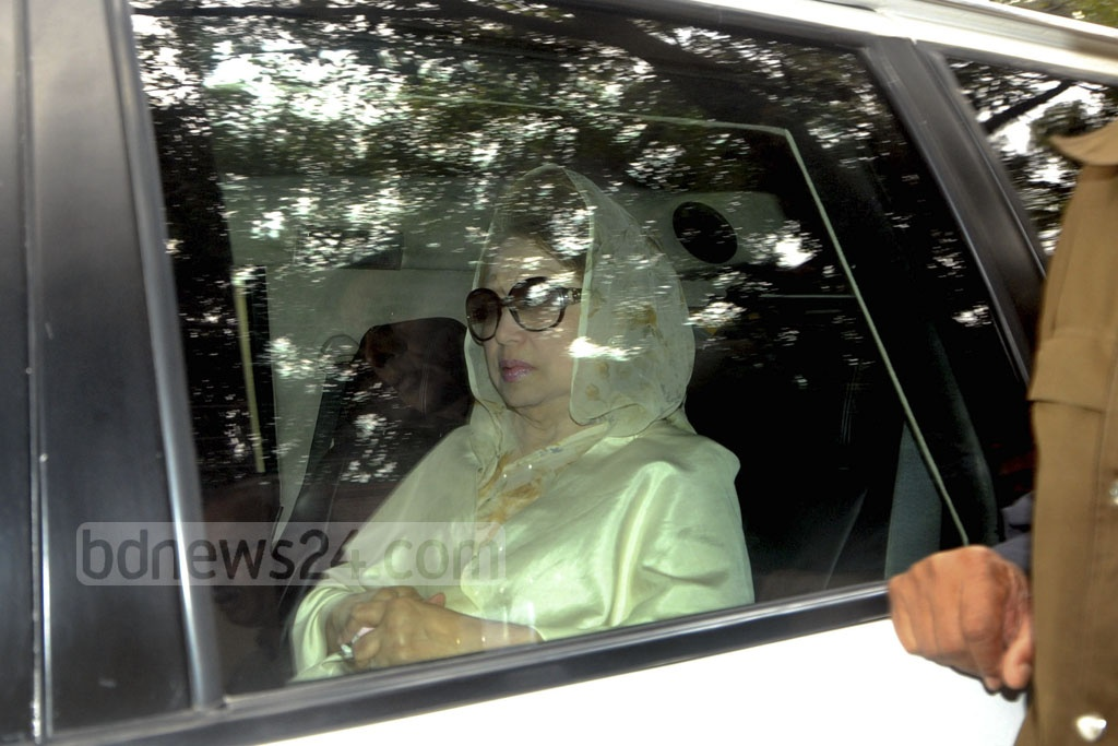 BNP chairperson Khaleda Zia leaves Gulshan home on Thursday morning to face the verdict of the Zia Orphanage Trust graft case at the special tribunal at Bakshibazar in the capital.