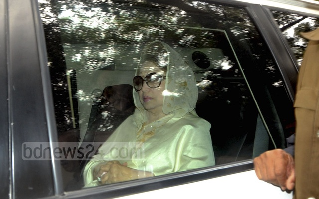 Bangladesh court jails Khaleda Zia for five years on graft