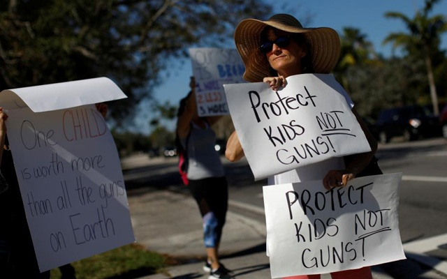Parkland students head to Florida capital to press for gun law change