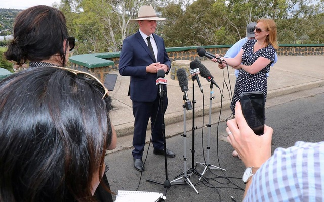 Barnaby Joyce, Australia's Deputy Prime Minister and Minister for Agriculture and Water Resources, speaks during a media conference in the town of Armidale, Australia Feb 23, 2018. Reuters