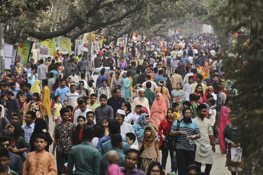It was a rush expected by publishers and the stall owners as book lovers flock to the Amar Ekushey Book Fair on Friday, the last weekly holiday during the month-long fair. Photo: Mahmud Zaman Ovi