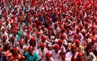 Farmers shout slogans against the government at a rally organised by All India Kisan Sabha (AIKS) in Mumbai, India Mar 12, 2018. Reuters