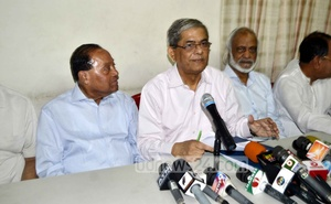 Mirza Fakhrul Islam Alamgir speaks at the press conference.