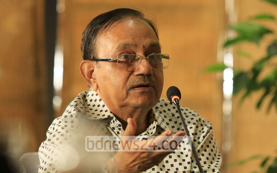 News Today Editor Reazuddin Ahmed gestures as he speaks at a roundtable titled 'Developing Bangladesh: The Challenges Ahead' and organised by Ekattor Television at a Dhaka hotel on Saturday as the country earns the eligibility to graduate from a least developed country or LDC to a developing one. Photo: mostafigur rahman
