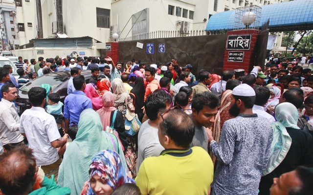 Patients and their families suffer hassles as strict security measures are enforced at BSMMU during BNP chief Khaleda Zia's visit to the hospital medical tests. Photo: Abdullah Al Momin