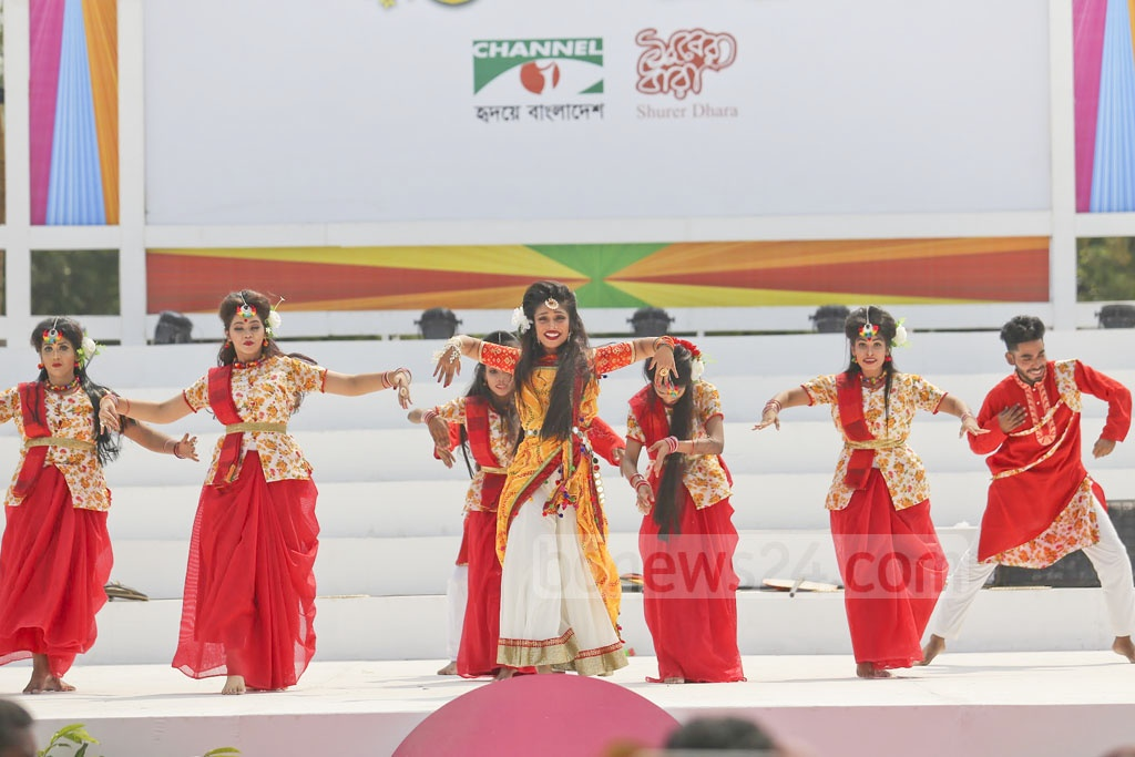 A traditional dance is being performed at the Channel i and Shurer Dhara Pahela Boishakh event on Saturday. Photo: Mahmud Zaman Ovi