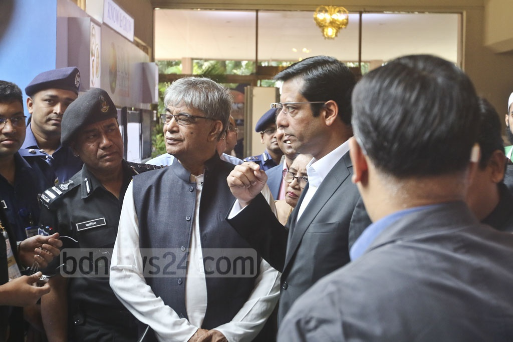 Advisor to the Prime Minister on Information Technology Sajeeb Wazed Joy tours the BPO Summit following its inauguration at Dhaka's Sonargaon Hotel on Sunday. Photo: Abdullah Al Momin