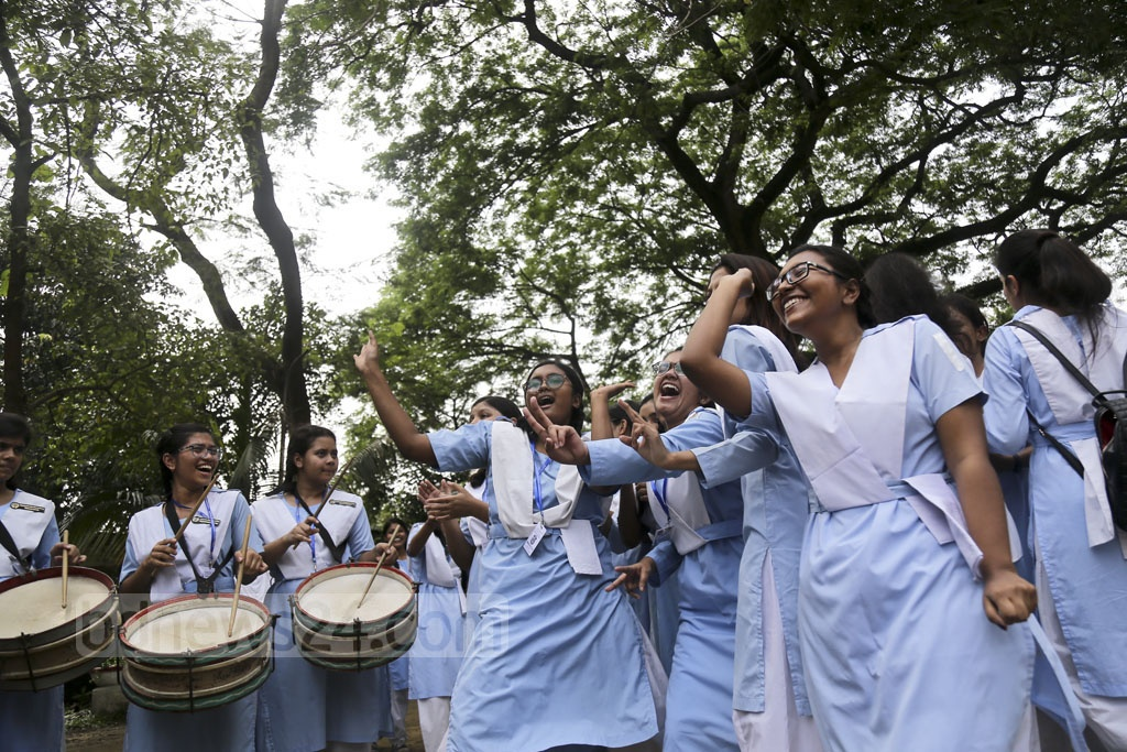Viqarunnisa Noon School and College students are overjoyed by their SSC results. Photo: Mahmud Zaman Ovi