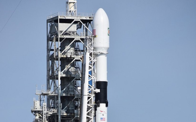 SpaceX Falcon 9 rocket primed for future crewed missions