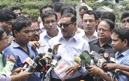 Road Transport Minister Obaidul Quader speaks to the media while visiting the BRTA's mobile court on Manik Mia Avenue in Dhaka on Thursday.