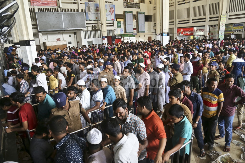 A crowded Kamalapur Railway Station in the capital on Friday, the first day of Eid train ticket sale. Photo: Mahmud Zaman Ovi