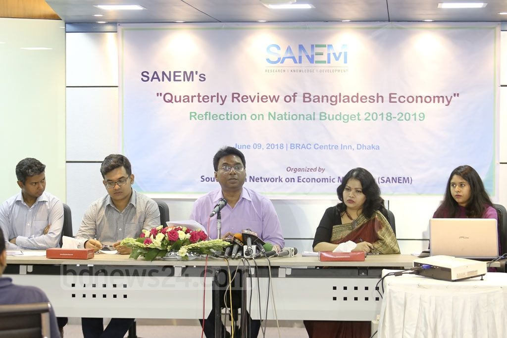 South Asian Network of Economic Modelling (SANEM) Executive Director and Dhaka University Economics Department Prof Selim Raihan gives the keynote address at the organisation's 'Quarterly Review of Bangladesh Economy' event on Saturday at Dhaka's BRAC Centre Inn. Photo: Mahmud Zaman Ovi