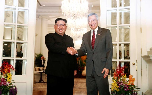 North Korea's leader Kim Jong Un meets with Singapore's Prime Minister Lee Hsien Loong at the Istana in Singapore