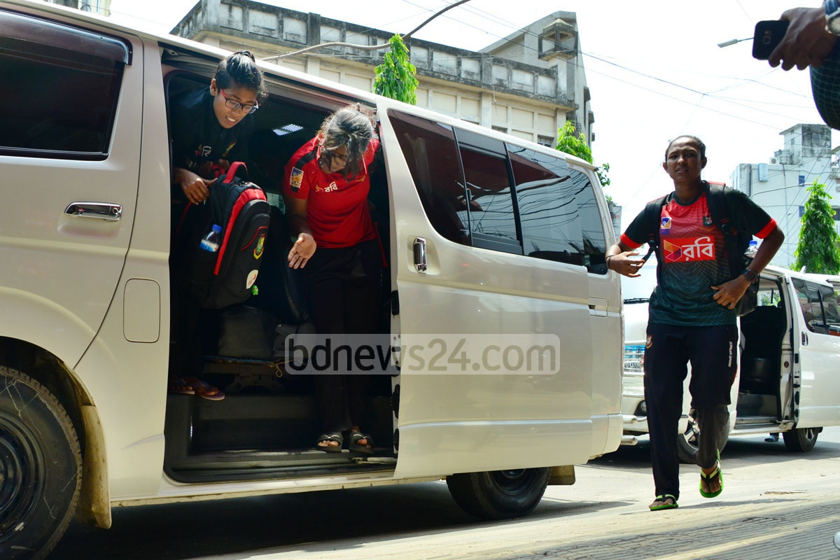In the face of severe criticism, Bangladesh Cricket Board provided the national women cricketers with an air-conditioned microbus on their way back to hotel from practice in Chattogram on Wednesday, a day after they were seen riding a rickety local bus. Photo: Suman Babu