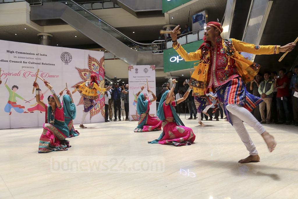 Guests are treated to a cultural programme at the end of the inauguration ceremony. Photo: Mahmud Zaman Ovi