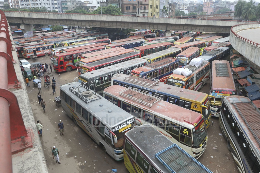 No buses were operating out of the Sayedabad Bus Terminal in Dhaka on Sunday amid an bus unannounced strike by transport workers and owners. Photo: Abdullah Al Momin