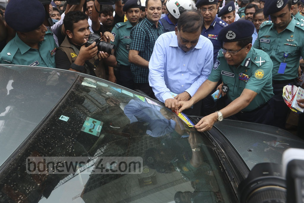 Home Minister Asaduzzaman Khan launches 'Traffic Week' in Dhaka on Sunday to restore order to roads. Photo: Abdullah Al Momin