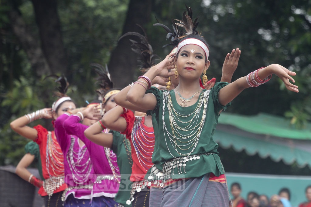 Artists from small ethnic groups performing a dance sequence at the Central Shaheed Minar in Dhaka on International Day of the World's Indigenous Peoples on Thursday. Photo: Asif Mahmud Ove