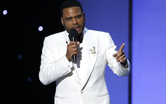 Show host Anthony Anderson speaks on stage at 9th NAACP Image Awards in Pasadena, California, US, Jan 15, 2018. Reuters