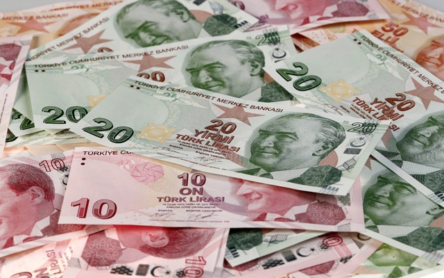 Turkish lira drops to new record low overnight