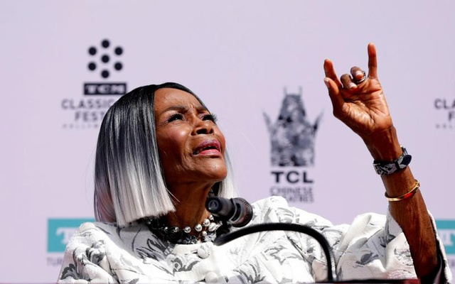 Cicely Tyson speaks before placing her handprints, footprints and signature in cement in the forecourt of the TCL Chinese theatre in Los Angeles, California, US, Apr 27, 2018. Reuters