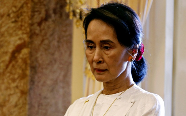 Myanmar's State Counsellor Aung San Suu Kyi is seen while she waits for a meeting with Vietnam's President Tran Dai Quang (not pictured) at the Presidential Palace during the World Economic Forum on ASEAN in Hanoi, Vietnam September 13, 2018. Reuters
