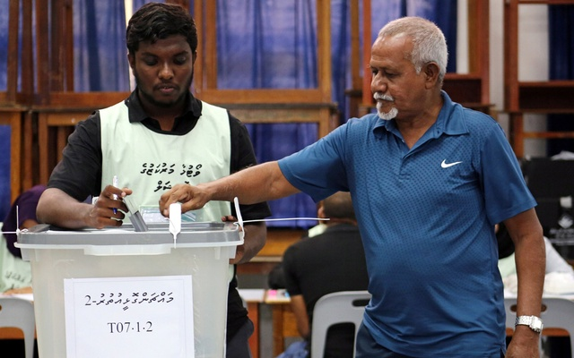 A man casts his vote at a polling station during the presidential election in Male, Maldives Sept 23, 2018. Reuters