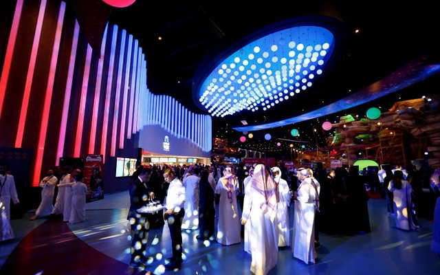 Saudi people are seen at Riyadh Park mall during the opening of a cinema, in Riyadh, Saudi Arabia Apr 30, 2018. REUTERS
