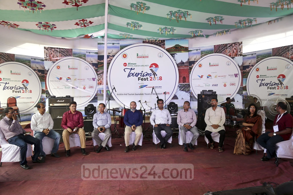 Guests at the Biman Bangladesh Airlines Tourism Fest 2018 at the Rabindra Sarobor in Dhaka's Dhanmondi on Friday.