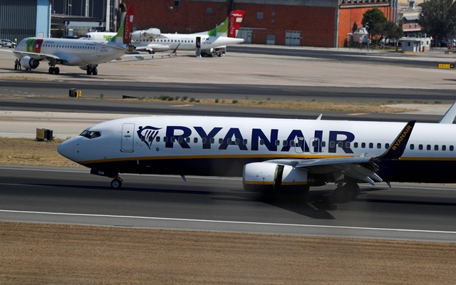 A Ryanair plane taxis at Lisbon's airport, Portugal Sep 27, 2018. Reuters