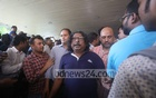 The passing of Ayub Bachchu brought many fans and members of the music scene to Square Hospital on Thursday.