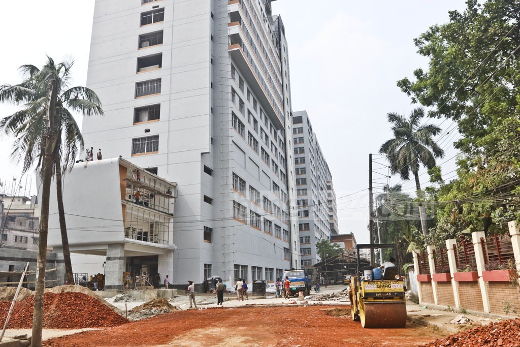 Prime Minister Sheikh Hasina will inaugurate the newly constructed Sheikh Hasina National Burn and Plastic Surgery Institute on Wednesday at Dhaka's Chankharpul. Photo: Abdullah Al Momin