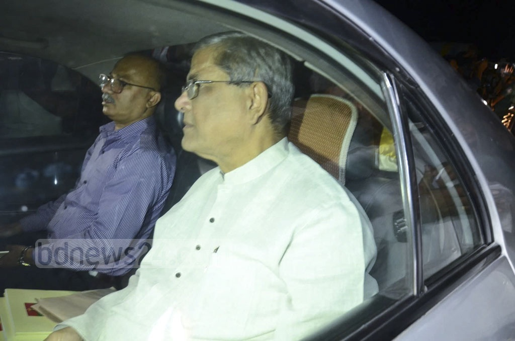 BNP Secretary General Mirza Fakhrul Islam Alamgir arrives at the Ganabhaban in Dhaka for a dialogue with Prime Minister Sheikh Hasina on Thursday.