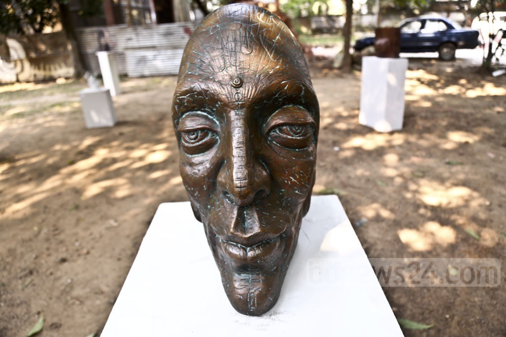 The works of the Department of Sculpture alumni are displayed at an exhibition to commemorate the 86th birthday of Prof Abdul Razzak, founder of the Dhaka University Department of Sculpture, on Monday. Photo: Mahmud Zaman Ovi