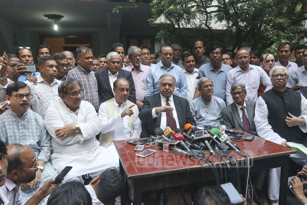 After the second round of talks with Prime Minister Sheikh Hasina, Jatiya Oikya Front chief Dr Kamal Hossain briefs the media in Dhaka on Wednesday. Photo: Abdullah Al Momin