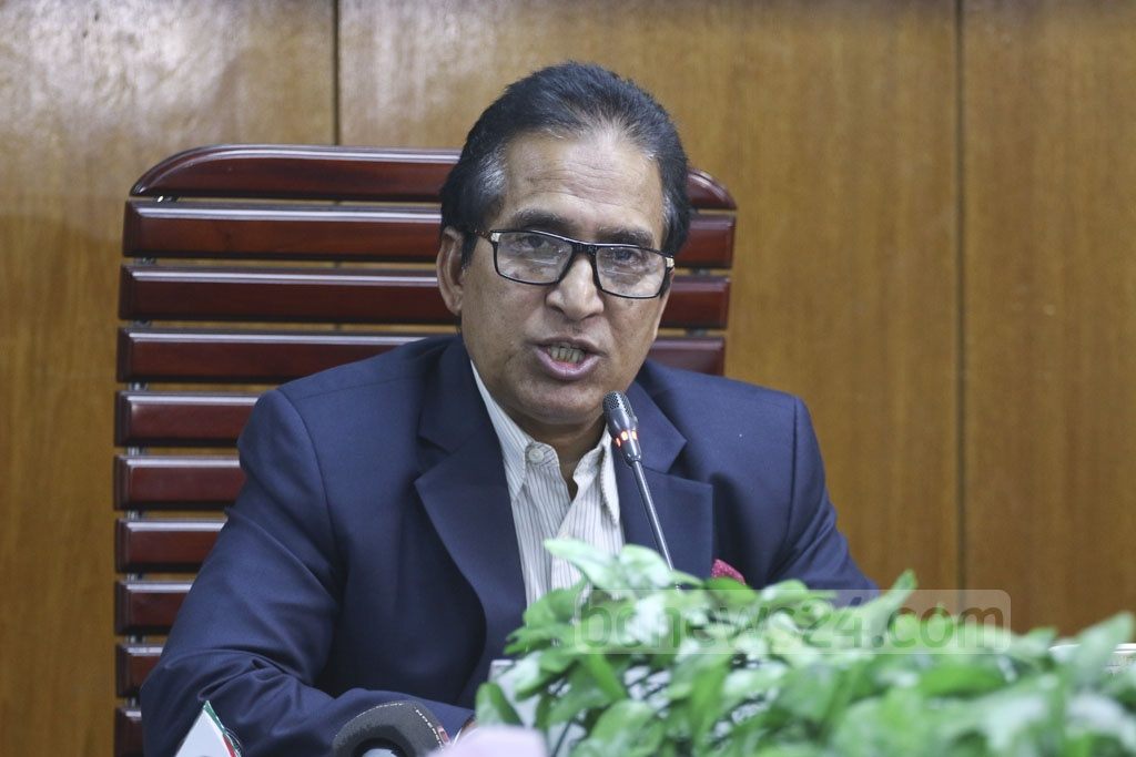 National Board of Revenue Chairman Mosharraf Hossain Bhuiyan briefing the media on Sunday about the upcoming income tax fair. Photo: Abdullah Al Momin