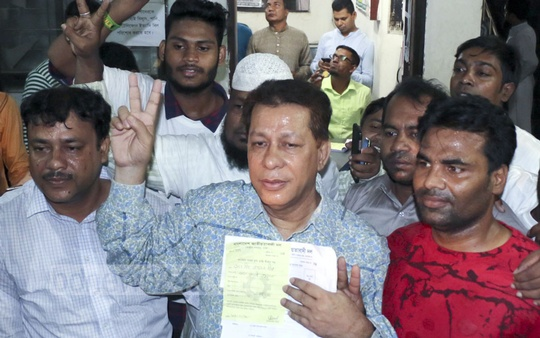 Sale of nomination forms at the BNP's headquarters in Dhaka under way for the second day on Tuesday. Photo: Abdullah Al Momin