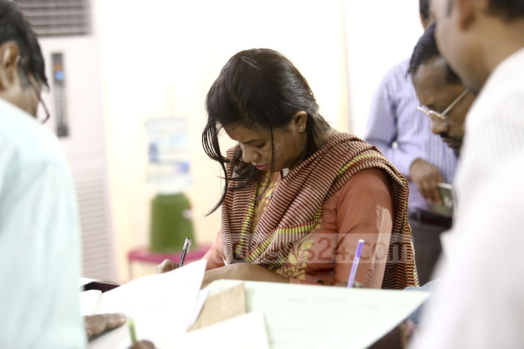 Taxpayers at the Officers' Club in Dhaka on Tuesday. Photo: Mahmud Zaman Ovi
