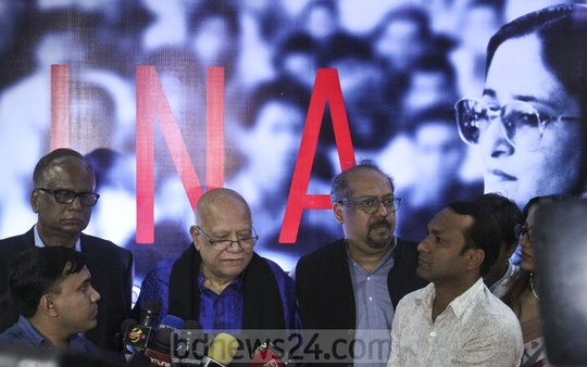 """Finance Minister AMA Muhith says he has learnt many new things after watching the premiere of docudrama """"Hasina – A Daughter's Tale"""" at the Star Cineplex in Dhaka's Bashundhara City on Thursday. Photo: Asif Mahmud Ove"""