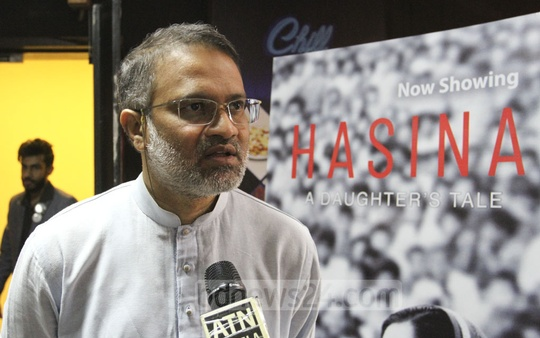 "bdnews24.com Editor-in-Chief Toufique Imrose Khalidi speaking to the media after watching the premiere of docudrama ""Hasina – A Daughter's Tale"" at the Star Cineplex in Dhaka's Bashundhara City on Thursday. Photo: Asif Mahmud Ove"