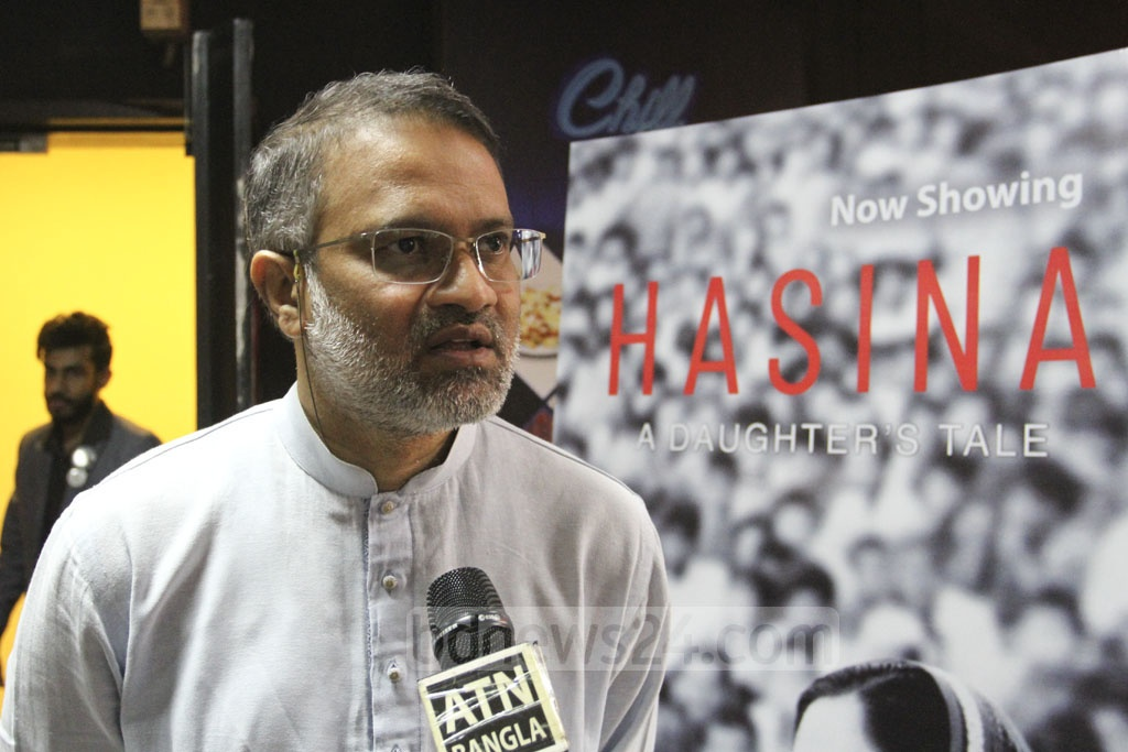 """bdnews24.com Editor-in-Chief Toufique Imrose Khalidi speaking to the media after watching the premiere of docudrama """"Hasina – A Daughter's Tale"""" at the Star Cineplex in Dhaka's Bashundhara City on Thursday. Photo: Asif Mahmud Ove"""