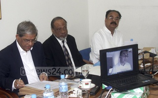 BNP Senior Vice-Chairman Tarique Rahman joins the interviews of the party's nominees for the parliamentary elections at party chief's Gulshan offices via videoconference from London on Sunday.