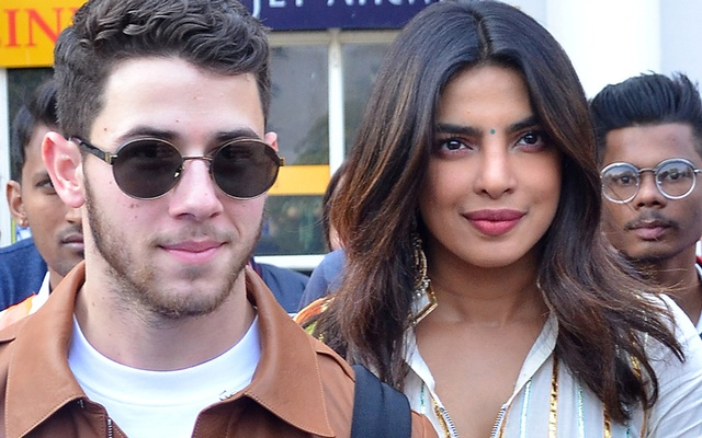 Bollywood actress Priyanka Chopra and singer Nick Jonas arrive at the airport in Jodhpur in the desert state of Rajasthan, India, November 29, 2018. Reuters