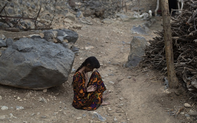 A woman in the poor mountain village of Al Juberia, Yemen, Oct 19, 2018. Crisis zones are often places of stark contrast, but in Yemen the gulf is particularly uncomfortable -- the problem isn't a lack of food; it's that few people can afford to buy what food is available. The New York Times