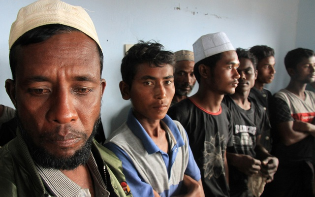Rohingya Muslim people who arrived on a wooden boat are seen inside a room at Kuala Idi Rayeuk port in Aceh Timur, Indonesia, Dec 4, 2018. REUTERS