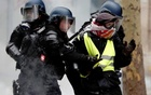 French PM seeks 'unity' as 'yellow vest' arrests cross 1,700