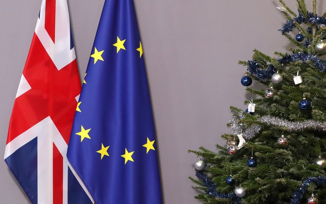 British and European Union flags are seen next to Christmas tree before arrival of British Prime Minister Theresa May to meet European Council President Donald Tusk, at the EU Council headquarters in Brussels, Belgium Dec 11, 2018. RUETERS