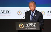 Malaysia Prime Minister Mahathir Mohamad speaks during the APEC CEO Summit 2018 at the Port Moresby, Papua New Guinea, 17 November 2018. Fazry Ismail/Pool via REUTERS